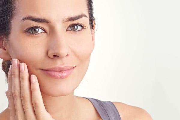 Pflege Bei Trockener Gesichtshaut Eucerin
